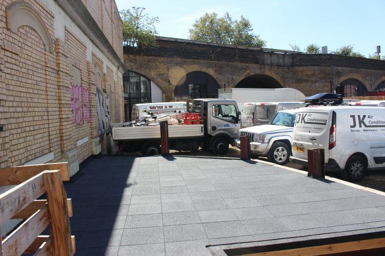 Expert Flat Roofing - Felt Terrace with Rubber Tiles